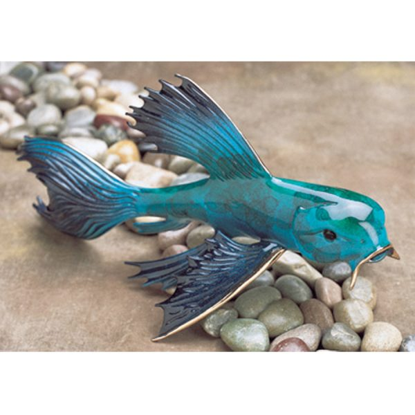 This lovely blue, limited edition, koi fish was created by Tim Cotterill the Frogman. It features a vibrant blue patina with lovely variegated patterns that show through.